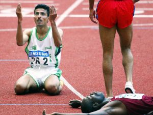 ASIAD-ATHLETICS-5000M-KSA-AL OTAIBI-PRAY